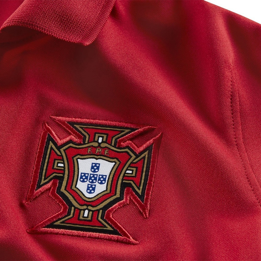 PACK JUNIOR PORTUGAL DOMICILE. ENSEMBLE MAILLOT ET SHORT 2020-2021